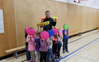 Frisbee and Unplugging at Teepee Creek School