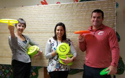 Frisbee and Unplugging at Midnapore School