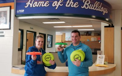Frisbee Trick Shot and Workshops at Barr Colony School
